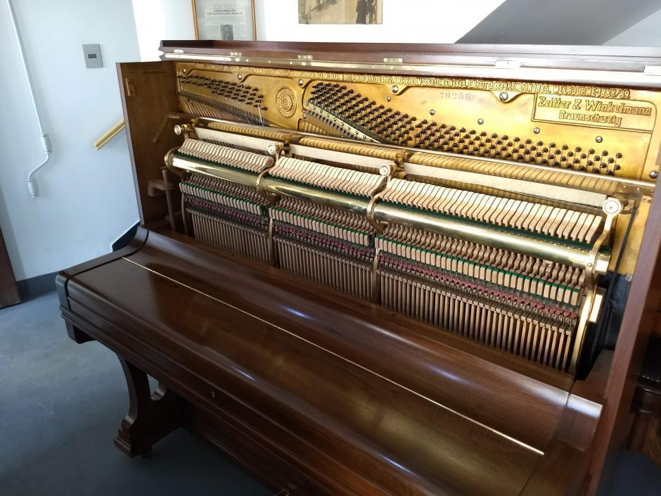 Reforma de Piano Zeitter & Winkelmann